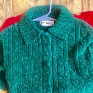 24m Girls vintage cabled green sweater very soft